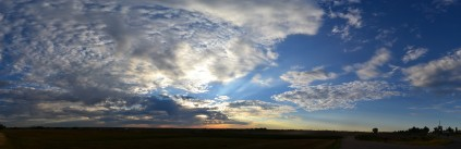 spotted-colorful-panoramic-sunrise-2013-09-06